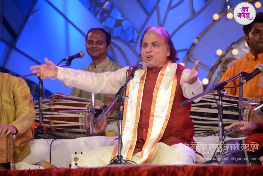 Dagdusheth Ganpati-Music Festival-09-2015
